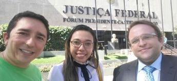 Diretoria Jurídica se reúne com advogado para acompanhar ações coletivas do sindicato
