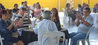 Festa no sindicato proporciona momentos especiais no Dia do Aposentado